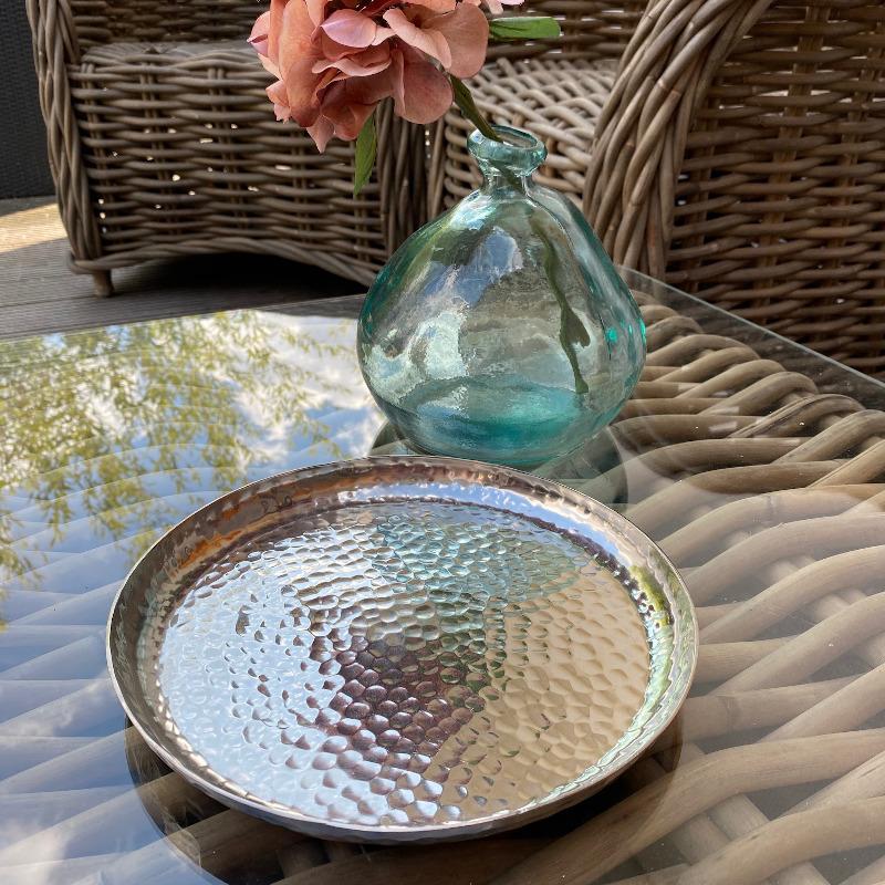 Schale Gehämmert Silber Im Garten