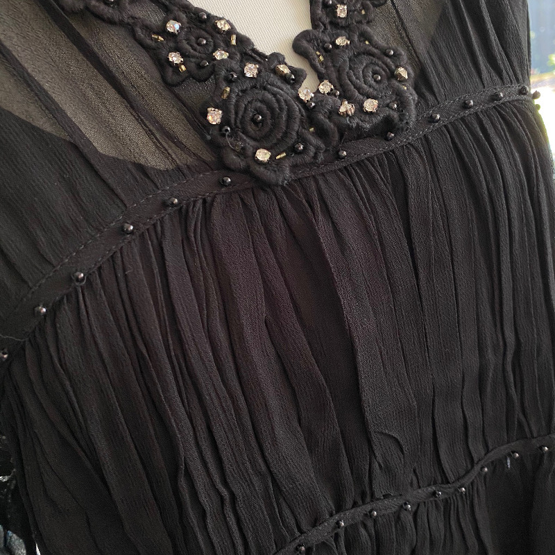 Schwarz 2